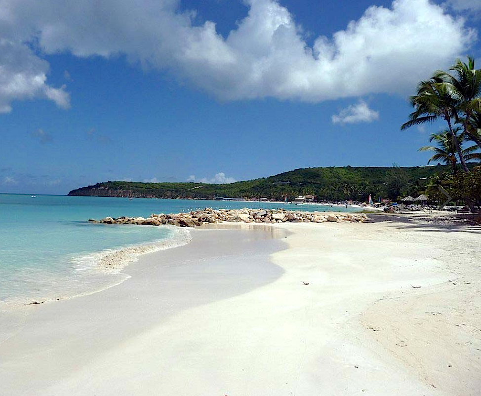 antigua-buccaneer-cove-beach